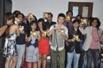 Trisca Fernandes, Meiyang Chang, Ajay Singha, Kailash Kher, Shriram Iyer, Raman Mahadevan at In Rahon mein album launch in Andheri, Mumbai on 23rd Sept 2013 (1).JPG