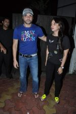 Sohail Khan at Chunky Pandey_s Birthday Bash in Mumbai on 25th Sept 2013 (24).JPG
