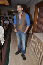 Ashutosh Kaushik at the Audio release of Thirak Ek Kahaani Mohabbat Ki in Raheja Classi, Mumbai on 27th Sept 2013 (42).JPG
