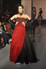Model on the ramp for Chimera fashion show for students in Mumbai on 30th Sept 2013 (108).JPG