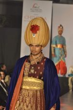 Model on the ramp for Chimera fashion show for students in Mumbai on 30th Sept 2013 (66).JPG