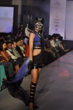 Model on the ramp for Chimera fashion show for students in Mumbai on 30th Sept 2013 (80).JPG