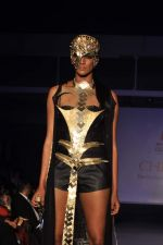 Model on the ramp for Chimera fashion show for students in Mumbai on 30th Sept 2013 (88).JPG