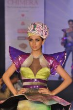 Model on the ramp for Chimera fashion show for students in Mumbai on 30th Sept 2013 (95).JPG