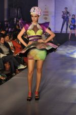 Model on the ramp for Chimera fashion show for students in Mumbai on 30th Sept 2013 (96).JPG