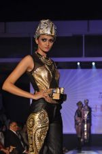 Model on the ramp for Chimera fashion show for students in Mumbai on 30th Sept 2013 (97).JPG