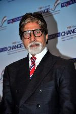 Amitabh Bachchan at Yes Bank Awards event in Mumbai on 1st Oct 2013 (60).jpg