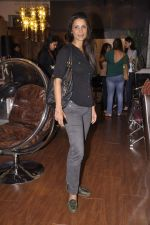 Mehr Rampal at Renu Chaniani and Vineet Khosla_s Tempesta Luxury launch in Eastern Treasure, Bandra on 1st Oct 2013 (44).JPG