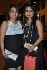 at Poonam Dhillon_s sister Rishma Pai_s birthday in Blue Sea, Mumbai on 2nd Oct 2013 (69).JPG