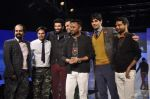 Abhay Deol, Siddharth Malhotra, Aditya Roy Kapur at Blackberry night in Mumbai on 4th Oct 2013 (181).JPG