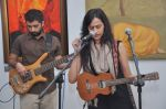 Vasudha Jha live at Percept gallery in Mumbai on 4th Oct 2013 (14).JPG