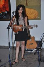 Vasudha Jha live at Percept gallery in Mumbai on 4th Oct 2013 (3).JPG