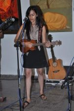 Vasudha Jha live at Percept gallery in Mumbai on 4th Oct 2013 (4).JPG