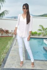 Mugdha Godse at a real estate project launch in Khapoli, Mumbai on 6th Oct 2013 (34).JPG