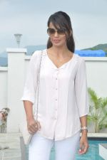 Mugdha Godse at a real estate project launch in Khapoli, Mumbai on 6th Oct 2013 (35).JPG