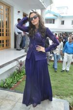 Neha Dhupia at a real estate project launch in Khapoli, Mumbai on 6th Oct 2013 (59).JPG