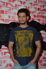 Sharman Joshi promote War Chhod Na Yaar on the sets of Channel V D3 Sets in Mumbai on 6th Oct 2013 (1).JPG
