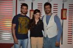 Soha Ali Khan, Javed Jaffrey, Sharman Joshi promote War Chhod Na Yaar on the sets of Channel V D3 Sets in Mumbai on 6th Oct 2013 (37).JPG