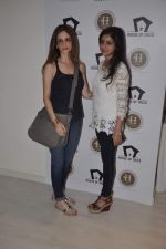 Suzanne Roshan visits House of Tales to launch her new collection in Kala Ghoda, Mumbai on 6th Oct 2013 (21).JPG