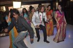 Shakti Kapoor on the sets of Mumbai can_t dance saala in Santacruz, Mumbai on 7th Oct 2013 (5).JPG
