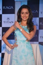 Shraddha Kapoor launches the exquisite Raga Pearls collection of watches in Mumbai on 7th Oct 2013 (13).JPG