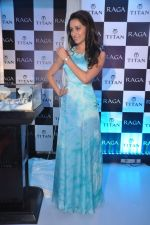 Shraddha Kapoor launches the exquisite Raga Pearls collection of watches in Mumbai on 7th Oct 2013 (25).JPG