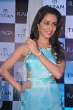 Shraddha Kapoor launches the exquisite Raga Pearls collection of watches in Mumbai on 7th Oct 2013 (33).JPG