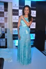 Shraddha Kapoor launches the exquisite Raga Pearls collection of watches in Mumbai on 7th Oct 2013 (42).JPG