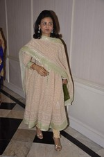 at Abu Jani_s The Golden Peacock show for Sahachari Foundation in Mumbai on 7th Oct 2013 (156).JPG
