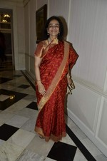 at Abu Jani_s The Golden Peacock show for Sahachari Foundation in Mumbai on 7th Oct 2013 (224).JPG
