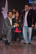 Hrithik Roshan at Dr Batra_s Positive awards in NCPA, Mumbai on 8th Oct 2013 (113).JPG