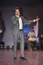Hrithik Roshan at Dr Batra_s Positive awards in NCPA, Mumbai on 8th Oct 2013 (117).JPG