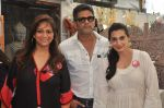 Sunil Shetty, Mana Shetty, Sharmila Khanna at Araish in Mumbai on 8th Oct 2013 (53).JPG