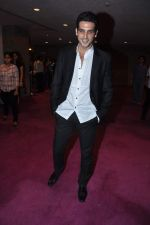 Zayed Khan at Dr Batra_s Positive awards in NCPA, Mumbai on 8th Oct 2013 (118).JPG