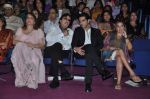 Zayed Khan, Sanjay Khan, Zarine Khan at Dr Batra_s Positive awards in NCPA, Mumbai on 8th Oct 2013 (71).JPG