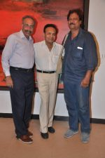 at Ravi Mandlik art exhibition in Jehangir Art Gallery on 8th Oct 2013 (19).JPG