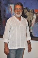 sameer mondal at Ravi Mandlik art exhibition in Jehangir Art Gallery on 8th Oct 2013.JPG