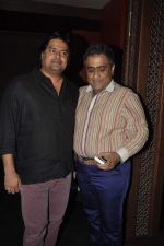 Kunal Ganjawala, Clinton Cerejo at Music Launch of Huff Its Too Much in Bandra, Mumbai on 9th Oct 2013 (52).JPG