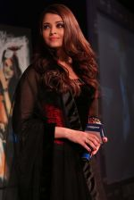 Aishwarya Rai Bachchan at the launch of new collection of Longines Watch in Delhi on 9th Oct 2013 (6).jpg