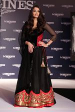 Aishwarya Rai Bachchan at the launch of new collection of Longines Watch in Delhi on 9th Oct 2013 (7).jpg