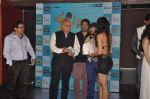 Armeena Rana Khan, Pushkar Jog, T P Aggarwal, Kunal Ganjawala, Clinton Cerejo, Salim merchant at Music Launch of Huff Its Too Much in Bandra, Mumbai on 9th Oct 2013 (128).JPG