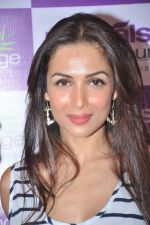 Malaika Arora Khan at Naturals Spa Launch in Bandra, Mumbai on 9th Oct 2013 (70).JPG