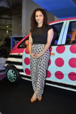 Masaba launches Nano Car designed by her in Mumbai on 9th Oct 2013 (34).JPG