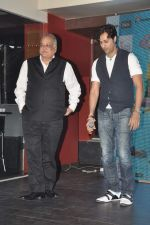 T P Aggarwal at Music Launch of Huff Its Too Much in Bandra, Mumbai on 9th Oct 2013 (84).JPG