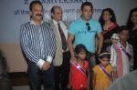 Salman Khan meets special kids at holy family hospital in Mumbai on 11th Oct 2013 (12)_525a16b8624e9.JPG