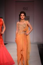 Anjali Abrol walks for SOLTEE BY SULASKSHANA at Wills day 5 on WIFW 2014 on 13th Oct 2013 (111)_525cb8298045a.JPG
