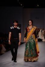 Raima Sen walks for Joy Mitra at Wills day 5 on WIFW 2014 on 13th Oct 2013 (21)_525cb4ec1898b.JPG