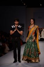 Raima Sen walks for Joy Mitra at Wills day 5 on WIFW 2014 on 13th Oct 2013 (23)_525cb4f93b05c.JPG