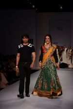 Raima Sen walks for Joy Mitra at Wills day 5 on WIFW 2014 on 13th Oct 2013 (20)_525cb4e7ae666.JPG