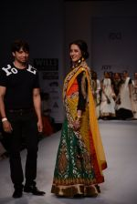 Raima Sen walks for Joy Mitra at Wills day 5 on WIFW 2014 on 13th Oct 2013 (30)_525cb5256af56.JPG